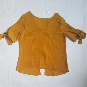NWT New York and Co mustard bow back blouse